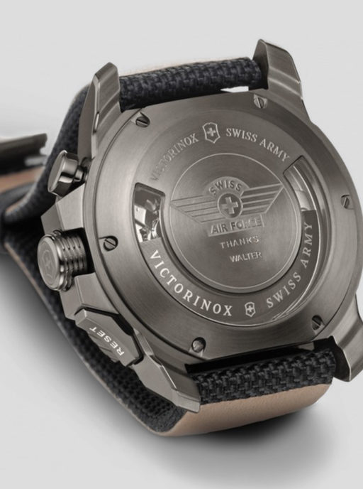 spooren gepersonaliseerde horloge victorinox brasschaat kapellen Business-to-Business